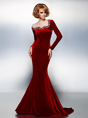 cheap Mother of the Bride Dresses-Mermaid / Trumpet Holiday Cocktail Party Formal Evening Dress Jewel Neck Long Sleeve Court Train Velvet with Crystals Beading 2020
