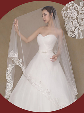 cheap Wedding Veils-One-tier Lace Applique Edge Wedding Veil Cathedral Veils with Embroidery Lace / Tulle / Angel cut / Waterfall