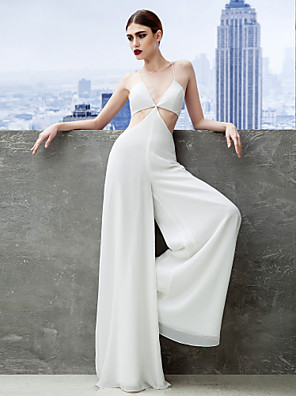 cheap Bridesmaid Dresses-Jumpsuits Sheath / Column Celebrity Style Prom Formal Evening Dress Spaghetti Strap Sleeveless Floor Length Chiffon with Pleats 2020