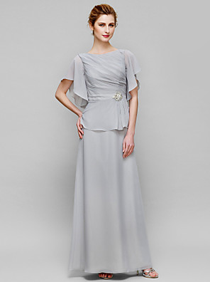 cheap Evening Dresses-Sheath / Column Mother of the Bride Dress Elegant Bateau Neck Floor Length Chiffon Short Sleeve with Crystals Side Draping 2020
