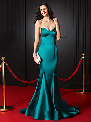 cheap Evening Dresses-Mermaid / Trumpet Celebrity Style Formal Evening Dress Sweetheart Neckline Sleeveless Court Train Stretch Satin with Pleats 2020