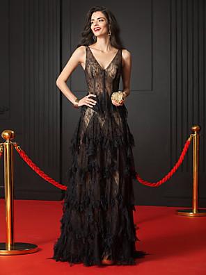 cheap Bridesmaid Dresses-A-Line Elegant Formal Evening Black Tie Gala Dress V Neck Sleeveless Court Train Sheer Lace with Cascading Ruffles 2020