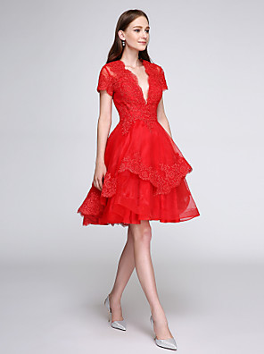 cheap Cocktail Dresses-Back To School Ball Gown Elegant Cute Cocktail Party Prom Dress Plunging Neck Short Sleeve Knee Length Organza Lace Over Tulle with Buttons Appliques 2020 / Illusion Sleeve Hoco Dress