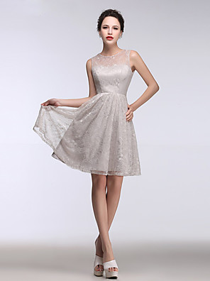 cheap Cocktail Dresses-Back To School A-Line Homecoming Cocktail Party Dress Illusion Neck Sleeveless Short / Mini Lace with Lace Buttons Appliques 2020 Hoco Dress