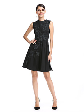 cheap Cocktail Dresses-Back To School A-Line / Fit & Flare Jewel Neck Short / Mini Chiffon Cocktail Party / Prom / Holiday Dress with Appliques by TS Couture® / Little Black Dress Hoco Dress