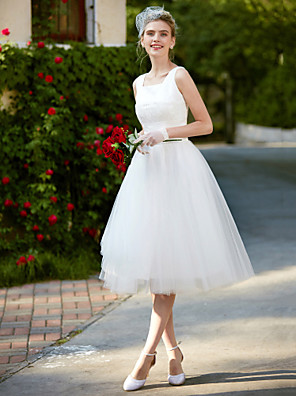 cheap Free Shipping-A-Line Wedding Dresses Square Neck Knee Length Lace Tulle Regular Straps Simple Casual Vintage Plus Size Cute with Lace 2020
