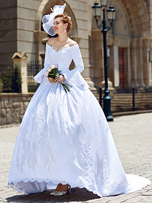 cheap Wedding Dresses-Ball Gown Wedding Dresses V Neck Chapel Train Satin Long Sleeve with Beading Appliques 2020 / Poet Sleeve