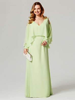 cheap Evening Dresses-Sheath / Column Plus Size Green Wedding Guest Formal Evening Dress V Neck Long Sleeve Floor Length Chiffon with Beading Ruffles 2020