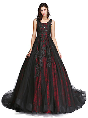 cheap Special Occasion Dresses-Ball Gown Vintage Inspired Formal Evening Dress Scoop Neck Sleeveless Cathedral Train Lace Tulle with Lace Pearls Beading 2020