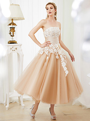 cheap Cocktail Dresses-Ball Gown Wedding Dresses Strapless Tea Length Lace Satin Tulle Strapless Romantic Casual Illusion Detail with Sashes / Ribbons Crystals 2020