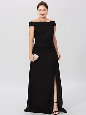 cheap Cocktail Dresses-Sheath / Column Off Shoulder Floor Length Chiffon Short Sleeve Classic & Timeless / Elegant & Luxurious / Plus Size Mother of the Bride Dress with Pleats / Split Front Mother's Day 2020