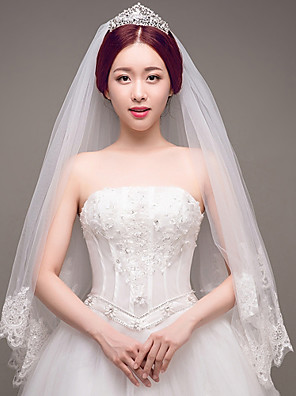 cheap Wedding Veils-Two-tier Lace Applique Edge / Wedding / Bridal Wedding Veil Fingertip Veils with Sequin / Embroidery / Lace Lace / Tulle / Sequined / Classic