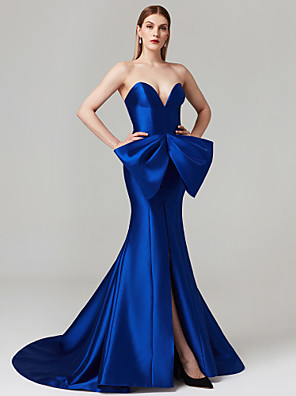 cheap Evening Dresses-Sheath / Column Elegant Furcal Formal Evening Black Tie Gala Dress Sweetheart Neckline Sleeveless Court Train Satin with Bow(s) 2020