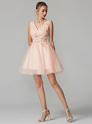 cheap Special Occasion Dresses-A-Line Hot Graduation Cocktail Party Dress V Neck Sleeveless Short / Mini Lace Over Tulle with Crystals Appliques 2020