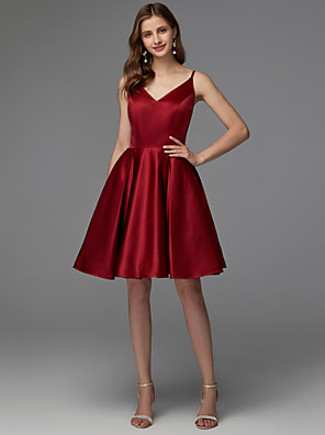 cheap Cocktail Dresses-A-Line Hot Red Homecoming Cocktail Party Dress V Neck Sleeveless Short / Mini Satin with Pleats 2020