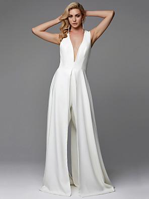 cheap Wedding Dresses-Jumpsuits Wedding Dresses V Neck Floor Length Chiffon Sleeveless Sparkle & Shine with Split Front 2020