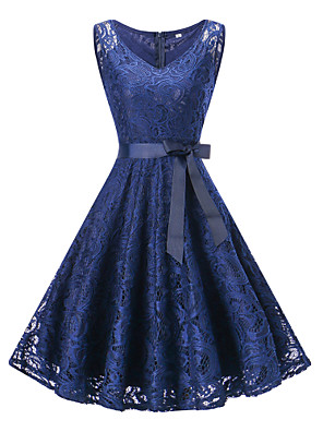 cheap Cocktail Dresses-A-Line Hot Blue Homecoming Cocktail Party Dress V Neck Sleeveless Knee Length Lace with Bow(s) Lace Insert 2020