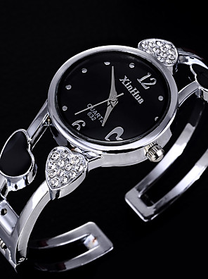 cheap Quartz Watches-Women's Quartz Watches Quartz Formal Style Heart shape Casual Watch Stainless Steel Black / White Analog - White Black One Year Battery Life