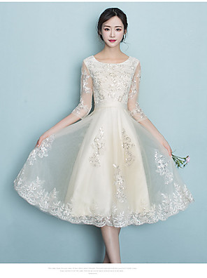 cheap Bridesmaid Dresses-A-Line Jewel Neck Knee Length Tulle Bridesmaid Dress with Appliques