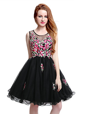 cheap Cocktail Dresses-Back To School A-Line Little Black Dress Floral Homecoming Cocktail Party Dress Illusion Neck Sleeveless Short / Mini Tulle with Crystals Appliques 2020 Hoco Dress