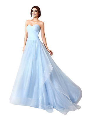 cheap Evening Dresses-A-Line Beautiful Back Minimalist Engagement Formal Evening Dress Sweetheart Neckline Sleeveless Court Train Tulle with Ruched 2020