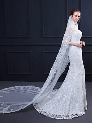 cheap Evening Dresses-One-tier Lace Applique Edge / Elegant & Luxurious Wedding Veil Cathedral Veils with Appliques / Paillette 118.11 in (300cm) Lace / Tulle / Oval