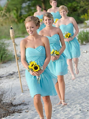 cheap Bridesmaid Dresses-A-Line Sweetheart Neckline Knee Length Chiffon Bridesmaid Dress with Ruching