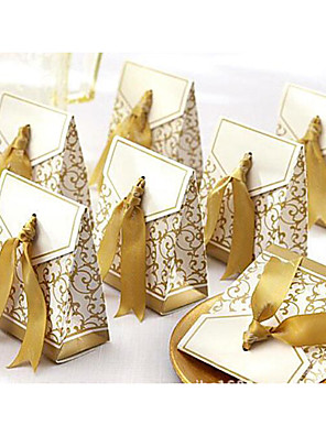 cheap Favor Holders-Triangle Cardboard Favor Holder with Ribbons Favor Boxes / Favor Bags / Gift Boxes - 100pcs