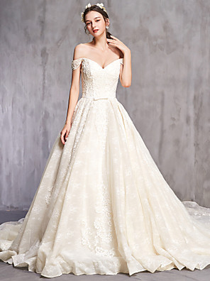 cheap Wedding Dresses-Ball Gown Wedding Dresses Off Shoulder Cathedral Train Tulle Short Sleeve Sexy with Beading Embroidery 2020
