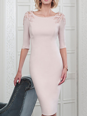 cheap Cocktail Dresses-Sheath / Column Mother of the Bride Dress Plus Size Jewel Neck Knee Length Polyester Half Sleeve with Beading Appliques 2020