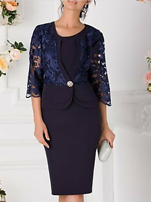 cheap Mother of the Bride Dresses-Sheath / Column Mother of the Bride Dress Plus Size Jewel Neck Knee Length Chiffon 3/4 Length Sleeve with Lace Crystal Brooch 2020