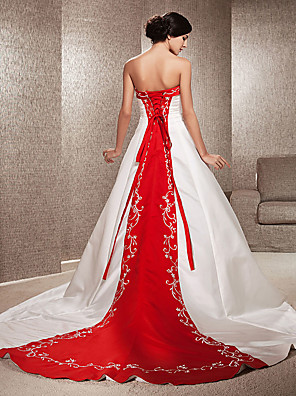 cheap Wedding Dresses-Ball Gown Wedding Dresses Strapless Sweep / Brush Train Satin Strapless Glamorous Plus Size Red with Embroidery Appliques 2020