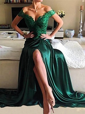 cheap Prom Dresses-A-Line Elegant Green Prom Formal Evening Dress Off Shoulder Short Sleeve Sweep / Brush Train Lace Satin with Split Appliques 2020