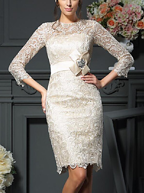 cheap Mother of the Bride Dresses-Sheath / Column Mother of the Bride Dress Plus Size Jewel Neck Knee Length Lace Satin 3/4 Length Sleeve with Sash / Ribbon Crystal Brooch 2020