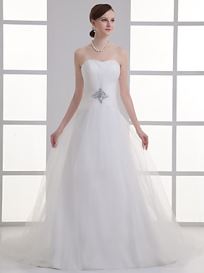 cheap Bridesmaid Dresses-A-Line Wedding Dresses Sweetheart Neckline Chapel Train Lace Satin Strapless with Ruched Beading Draping 2020