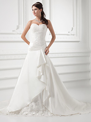 cheap Wedding Dresses-A-Line Wedding Dresses Sweetheart Neckline Chapel Train Lace Satin Strapless with Ruched Beading Appliques 2020