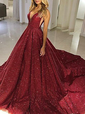 cheap Special Occasion Dresses-Ball Gown Sparkle Red Quinceanera Formal Evening Dress V Neck Sleeveless Chapel Train Tulle with Sequin 2020