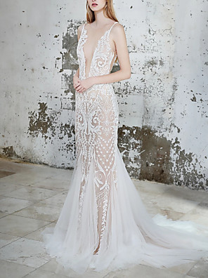 cheap Evening Dresses-Sheath / Column Wedding Dresses V Neck Court Train Lace Tulle Spaghetti Strap with Lace Insert 2020