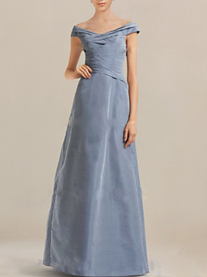 cheap Evening Dresses-A-Line Mother of the Bride Dress Elegant & Luxurious Off Shoulder Floor Length Taffeta Short Sleeve with Ruching 2020
