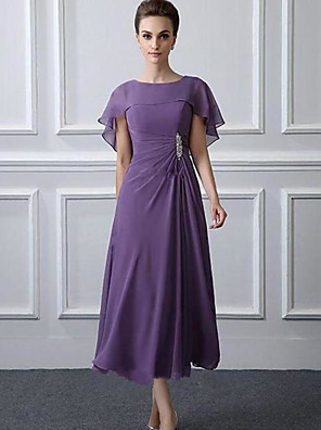 cheap Mother of the Bride Dresses-A-Line Mother of the Bride Dress Plus Size Bateau Neck Tea Length Chiffon Short Sleeve with Ruffles Crystal Brooch Ruching 2020