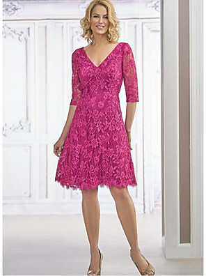 cheap Romantic Lace Dresses-A-Line Mother of the Bride Dress Plus Size Plunging Neck Knee Length Chiffon Lace Half Sleeve with Lace 2020