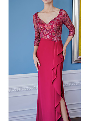 cheap Romantic Lace Dresses-Sheath / Column Mother of the Bride Dress Elegant V Neck Floor Length Lace Satin 3/4 Length Sleeve with Lace Ruffles Appliques 2020