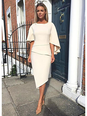 cheap Mother of the Bride Dresses-Sheath / Column Mother of the Bride Dress Elegant Jewel Neck Knee Length Jersey Half Sleeve with Tier 2020