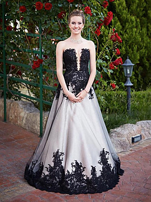 cheap Wedding Dresses-A-Line Wedding Dresses Strapless Court Train Lace Tulle Strapless Black with Appliques 2020