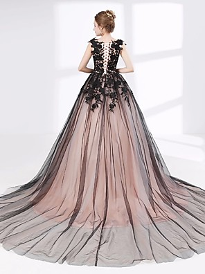 cheap Evening Dresses-Ball Gown Wedding Dresses V Neck Court Train Lace Tulle Cap Sleeve Sexy Plus Size Black Modern with Lace Appliques 2020