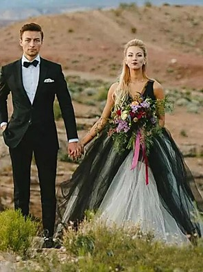 cheap Wedding Dresses-Ball Gown Wedding Dresses V Neck Court Train Tulle Regular Straps Sexy Plus Size Black with Appliques 2020