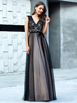 cheap Evening Dresses-A-Line Retro Prom Formal Evening Dress V Neck Sleeveless Floor Length Lace Tulle with Appliques 2020