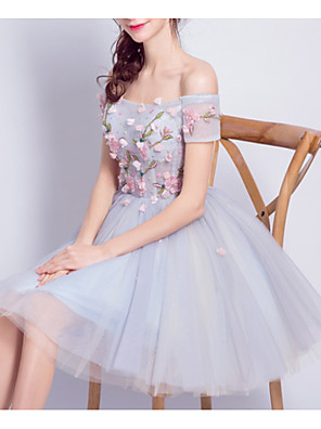 cheap Bridesmaid Dresses-A-Line Off Shoulder Knee Length Lace / Tulle Bridesmaid Dress with Appliques
