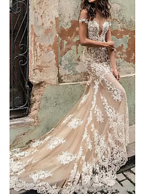 cheap Evening Dresses-Mermaid / Trumpet Wedding Dresses Plunging Neck Court Train Polyester Cap Sleeve Country Plus Size with Lace Insert Appliques 2020