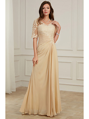 cheap Mother of the Bride Dresses-A-Line Mother of the Bride Dress Elegant V Neck Floor Length Lace Tulle Half Sleeve with Pleats Appliques 2020